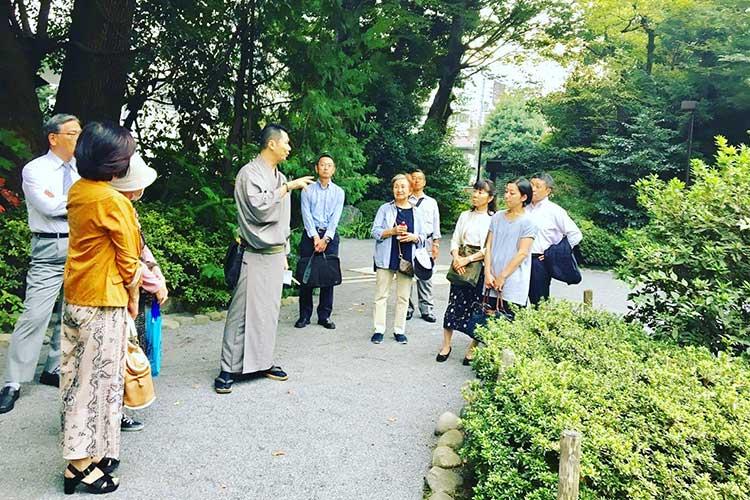 神田山緑 観光ツアーの様子